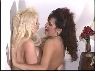 NVP Tia Gunn VS Joi Reno